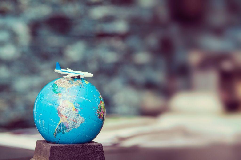 出張旅費規程と出張中の経費について